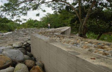 Muro de Contensión y gaviones